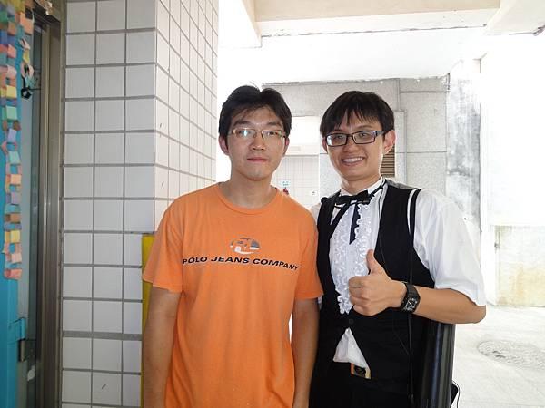 巧遇去年邀請我的老師~.JPG