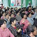 2011過港幼稚園重陽節兩百人魔術教學 (17).jpg