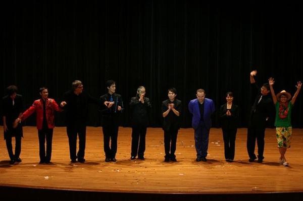 2009RIC魔術大會嘉賓演出.jpg