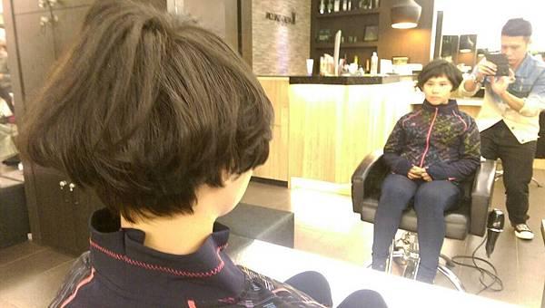 北東區小隆剪髮推薦~艾蜜麗的異想世界