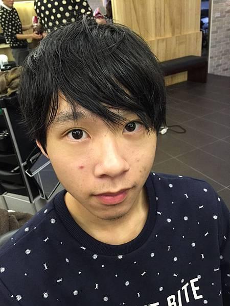 微彎bob男性剪髮