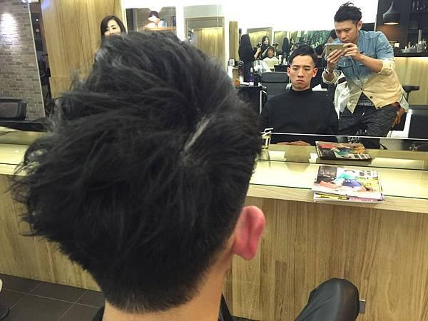 台北通區剪髮小隆