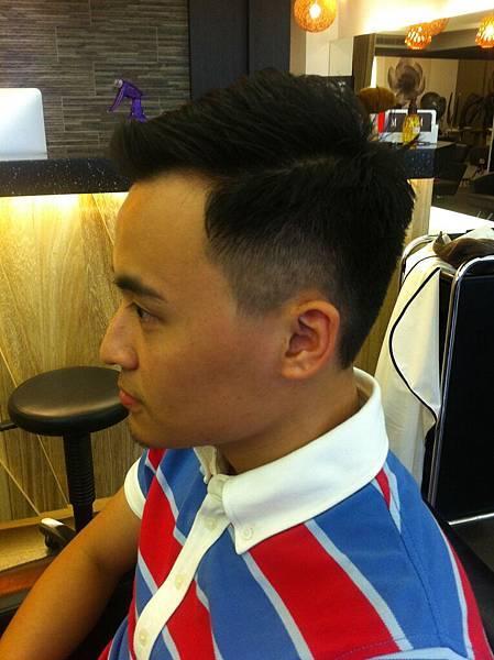 台北東區剪髮染髮燙髮小隆_0922011122