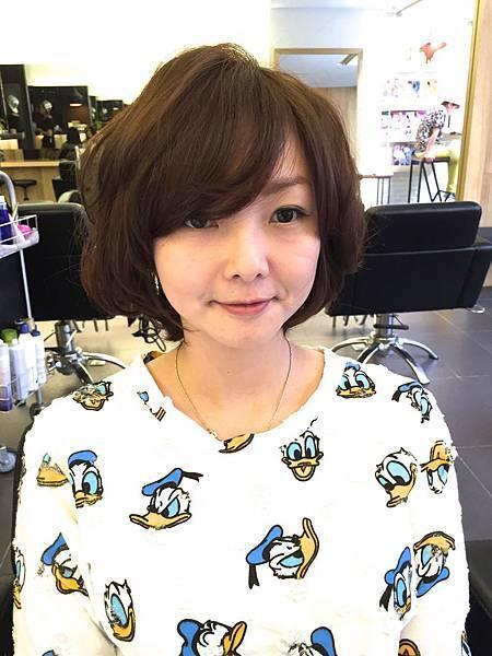 今夏流行.女性短髮剪輯.台北.東區剪髮.染髮.小隆推薦