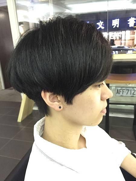個性.帥氣感.女性短髮.東區剪髮.