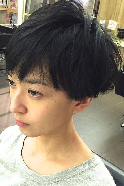 個性感女性短髮.台北剪髮.東區剪髮