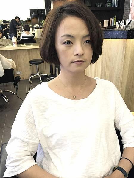 豐厚圓潤感女性短髮.台北剪髮.東區剪髮