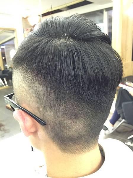 男性龐畢度髮型