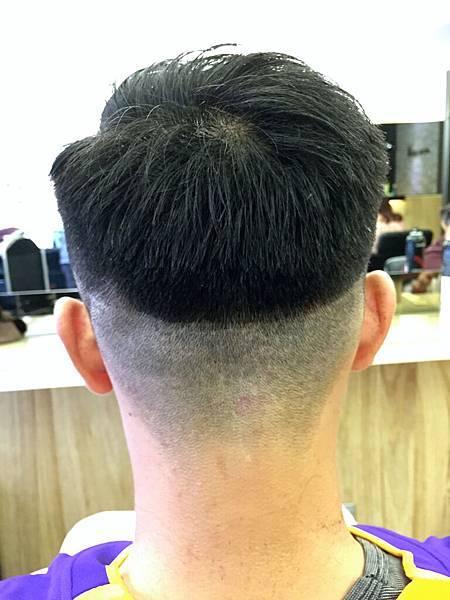 台北.東區剪髮.小隆