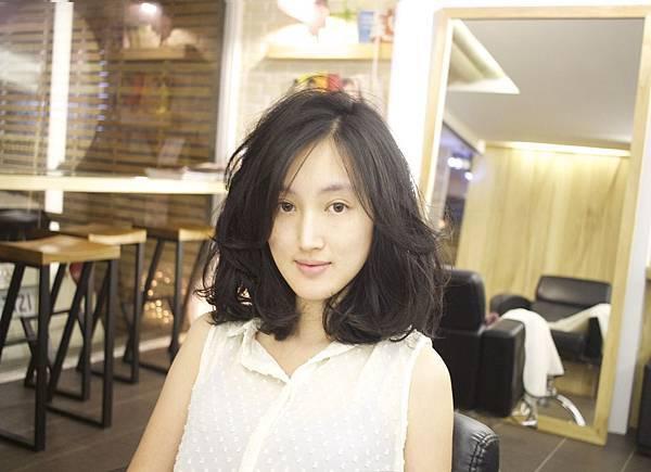 豐潤又微性感的髮型~微性感髮型分享~台北東區剪髮小隆作品推薦magic salon