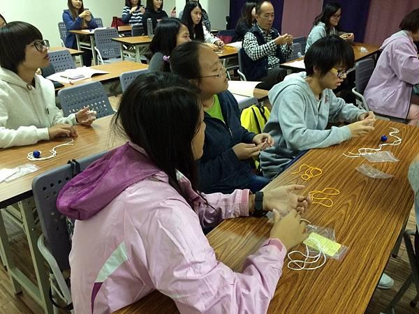 台南市兒童福利服務中心志工魔術課程 (3).jpg