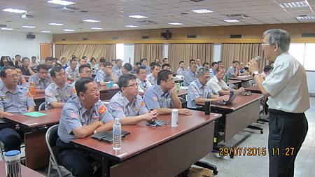 內政部警政署國道公路警察局邀請溫崇凱中醫師演講