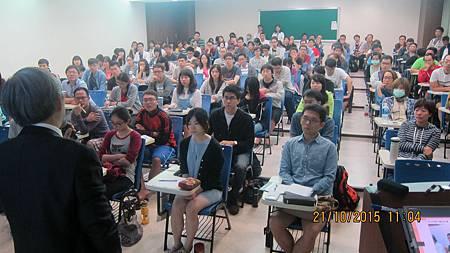 義守大學後中醫系學會邀請溫崇凱中醫師演講1