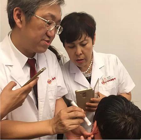 大連廣譽遠中醫院特邀溫崇凱中醫師門診教學