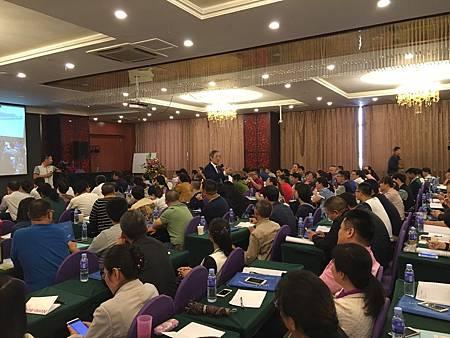 國家中醫藥管理局五度邀請溫崇凱中醫師蒙古2