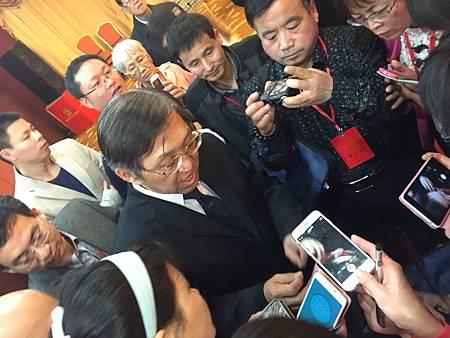 江西樟樹首屆經方高峰論壇特邀溫崇凱中醫師2