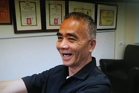 震顫針灸溫崇凱中醫師