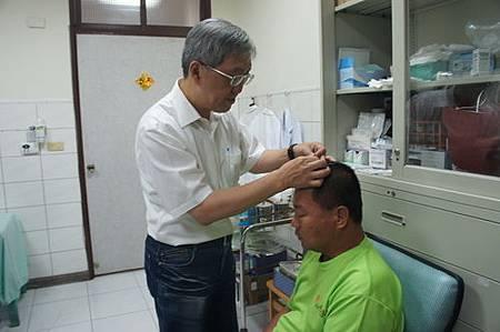澎湖針灸義診溫崇凱中醫師針灸