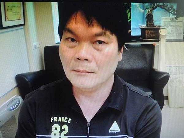 雙手抖針灸溫崇凱中醫師.JPG