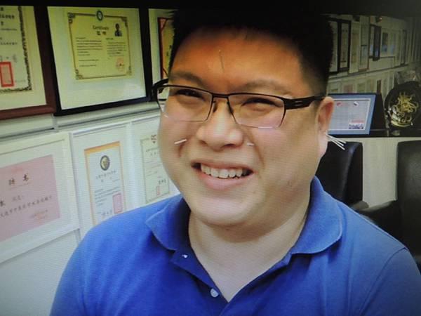 鼻塞針灸溫崇凱中醫師.JPG