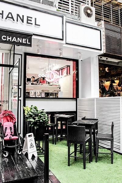 香奈兒COCO期間限定美妝遊樂場即將推出,COCO CAFÉ快閃店讓我們回憶一下