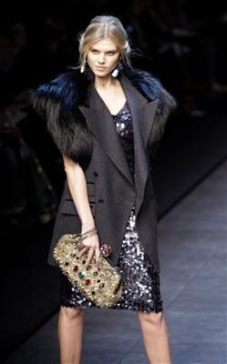 Dolce & Gabbana F/W 2011 -Maryna Linchuk