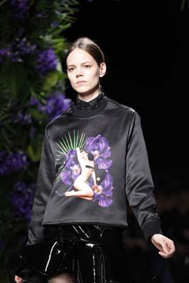 Givenchy F/W 2011 - Freja Beha Erichsen