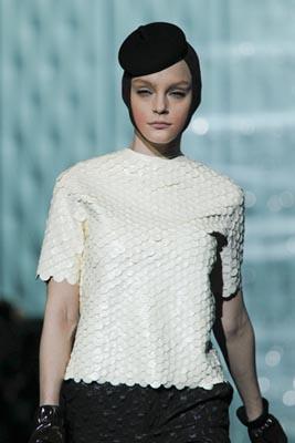 Marc Jacobs F/W 2011 - Jesiica Stam