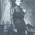 Edna Woolman Chase