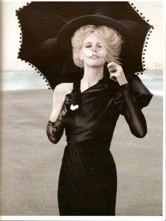 VOGUE Deutsch - Claudia Schiffer