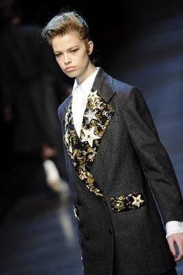 Dolce & Gabbana F/W 2011 - Hailey Clauson