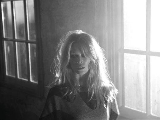 Cashmere A/W 2011:Claudia Schiffer