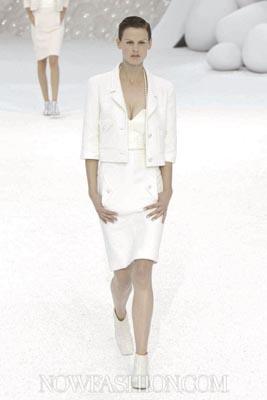 Chanel S/S 2012 - Saskia de Brauw