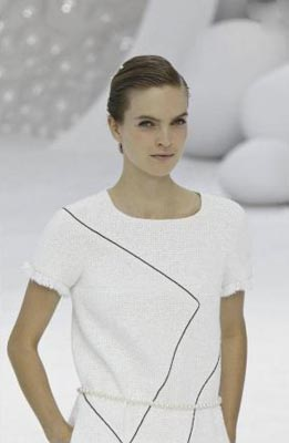 Chanel S/S 2012 - Mirte Maas