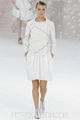 Chanel S/S 2012 - Arizona Muse