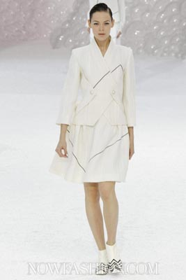 Chanel S/S 2012 - Kinga Rajzak