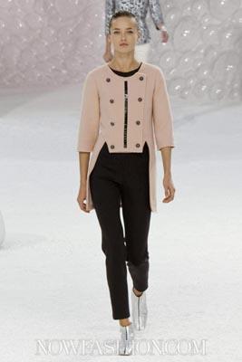 Chanel S/S 2012 - Karmen Pedaru