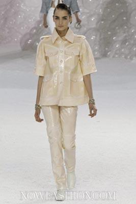 Chanel S/S 2012 - Zuzanna Bijoch