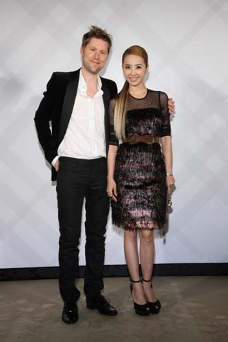 Burberry Taipei 101 Opening Party - Christopher Bailey and 蔡依林