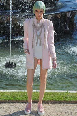 Chanel Cruise 2013 Versailles - Zuzanna Bijoch