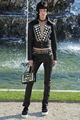Chanel Cruise 2013 Versailles - Kasia Struss