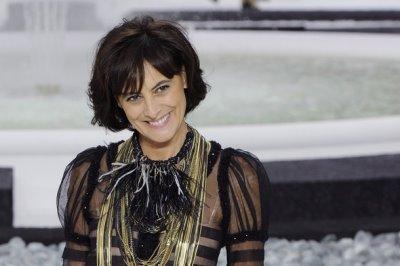Chanel S/S 2011 : Ines de la Fressange
