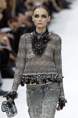 Chanel S/S 2011 : Snejana Onopka