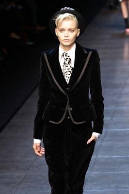 Dolce & Gabbana F/W 2011 - Abbey Lee Kershaw