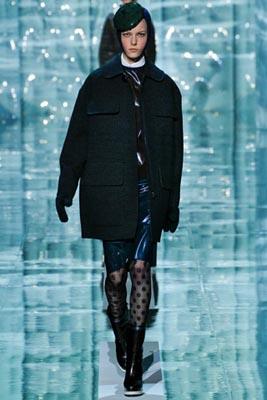 Marc Jacobs F/W 2011 - Tati Cotliar