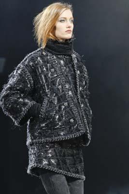 Chanel F/W 2011 - Karmen Pedaru
