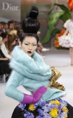 Christian Dior Haute Couture F/W 2010:Liu Wen