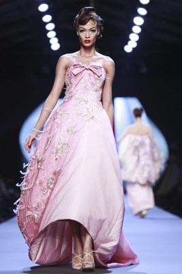 Christian Dior Haute Couture S/S 2011 - Joan Smalls