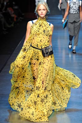 Dolce & Gabbana F/W 2011 - Erin Heatherton