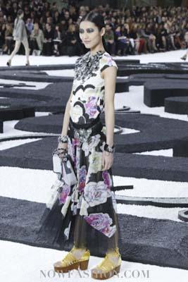 Chanel S/S 2011 : Liu Wen